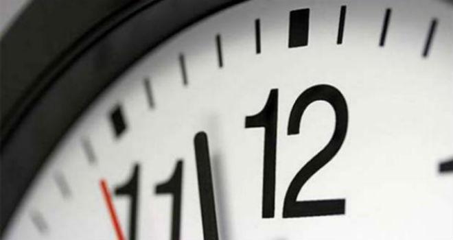 Nuevo horario, atrasa tu reloj una hora